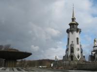 с.Буки, Сквира, Киевская обл.Фонтан с Майдана и церковный комплекс / Church complex